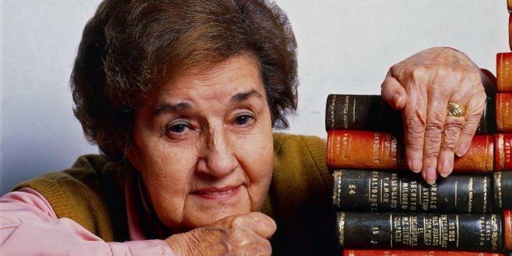 The most prolific author Maria del Socorro Tellado Lopez (aka Corin Tellado) picture
